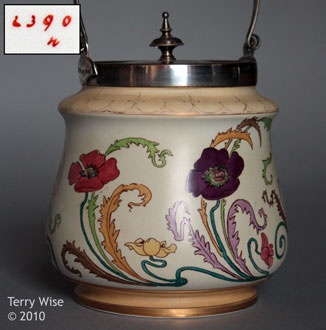 Art Nouveau Poppy 2390 biscuit barrel