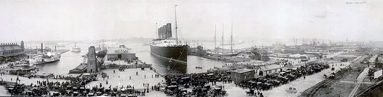The Lusitania arriving in New York in 1907